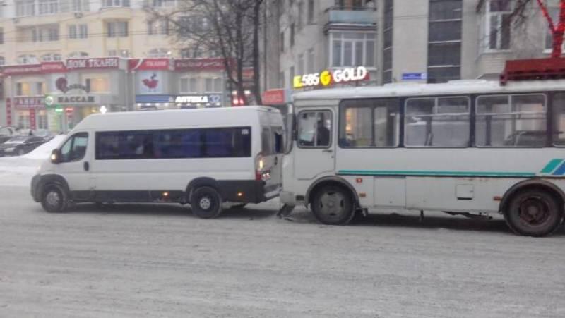 Пять человек получили травмы в ДТП в Клинцах