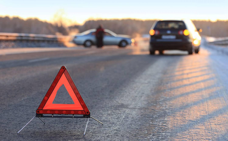 Под Трубчевском водитель ВАЗ вылетел на встречку и врезался в иномарку
