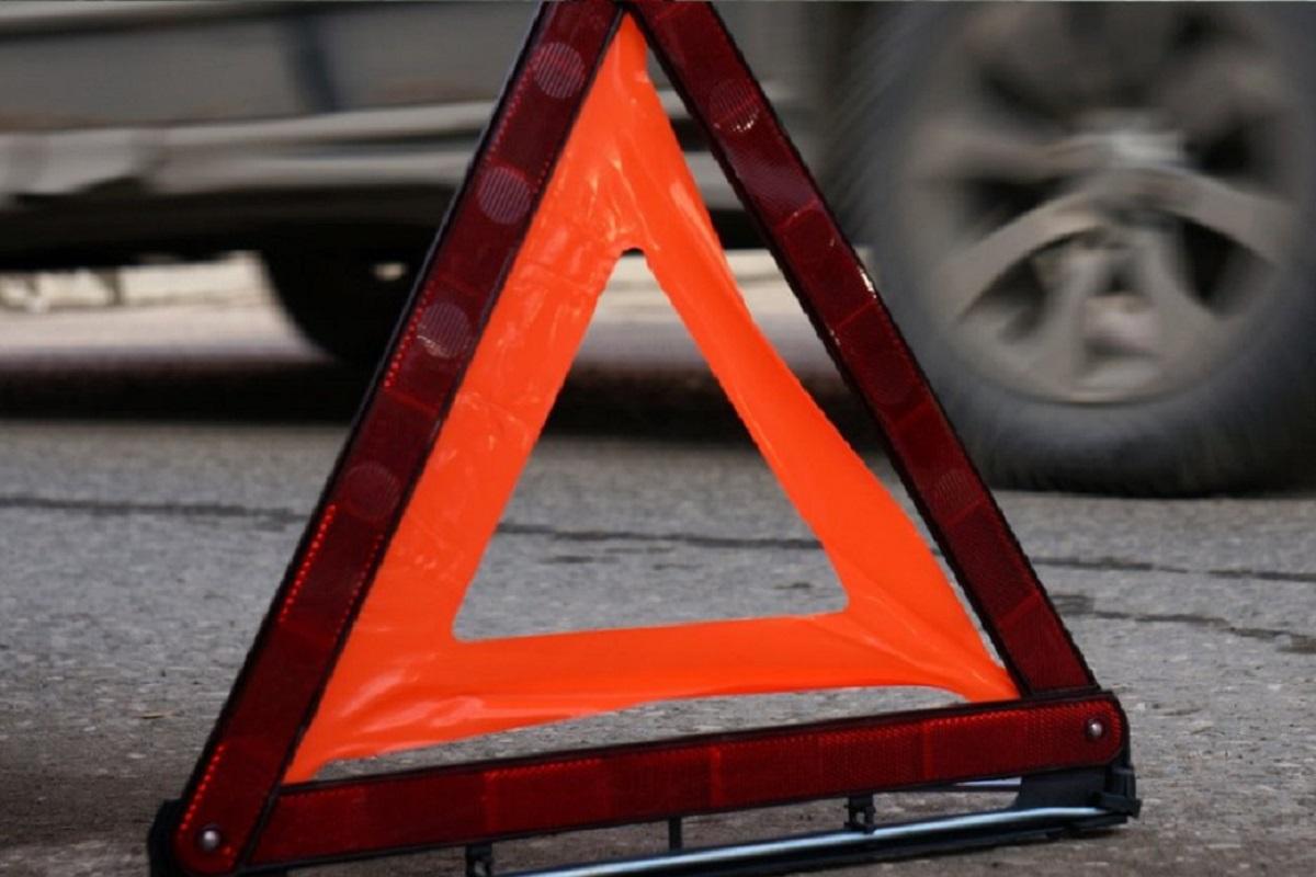 В Брянске водитель Opel врезался в Mercedes Benz