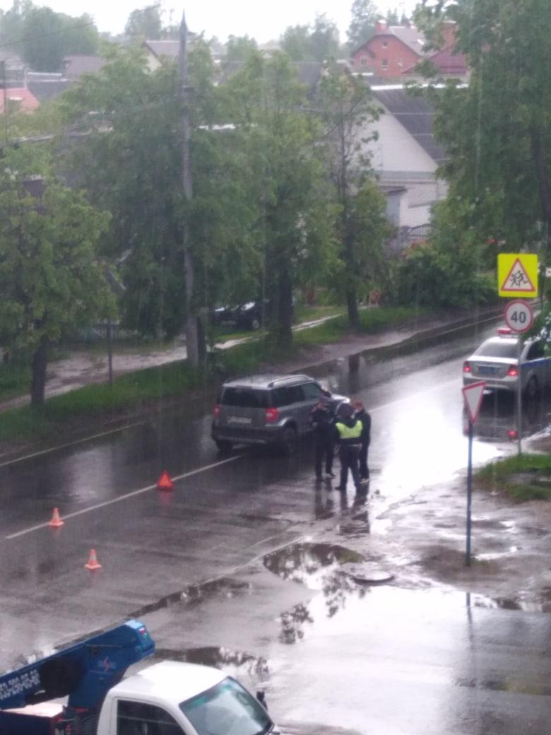 Соцсети: в Брянске возле школы №19 сбили ребенка