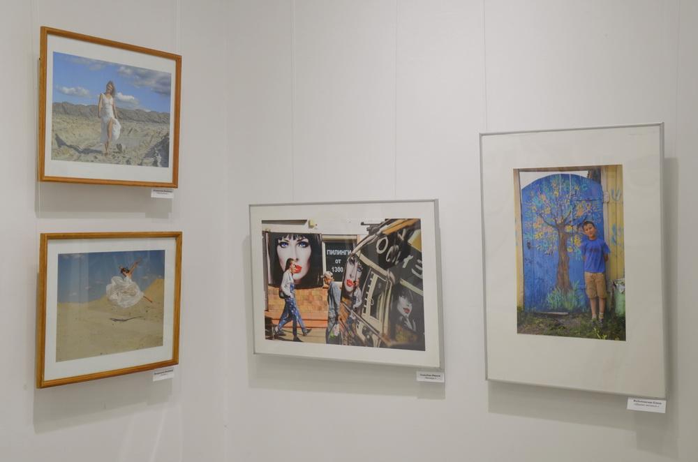 В Брянске открылась выставка «Кристаллы времени»