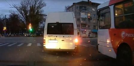 В Брянске водителя маршрутки оштрафовали по видео в соцсетях