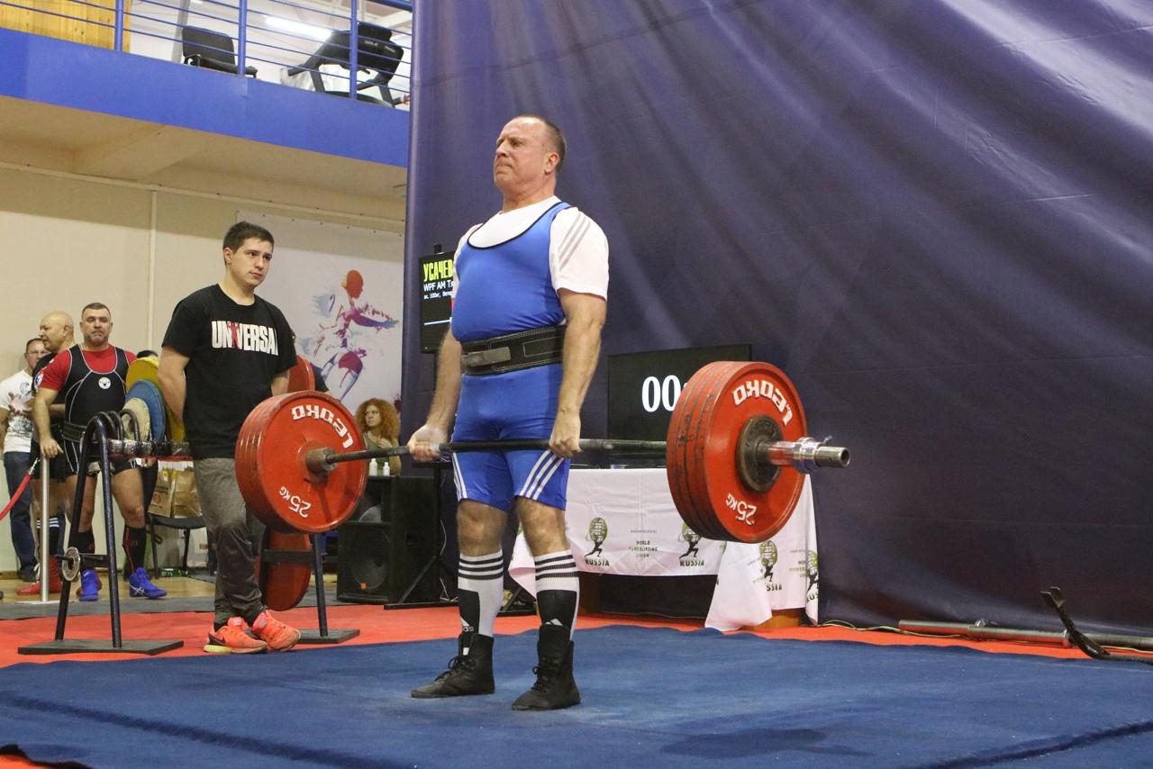Брянский спортсмен Игорь Усачев стал чемпионом мира по пауэрлифтингу