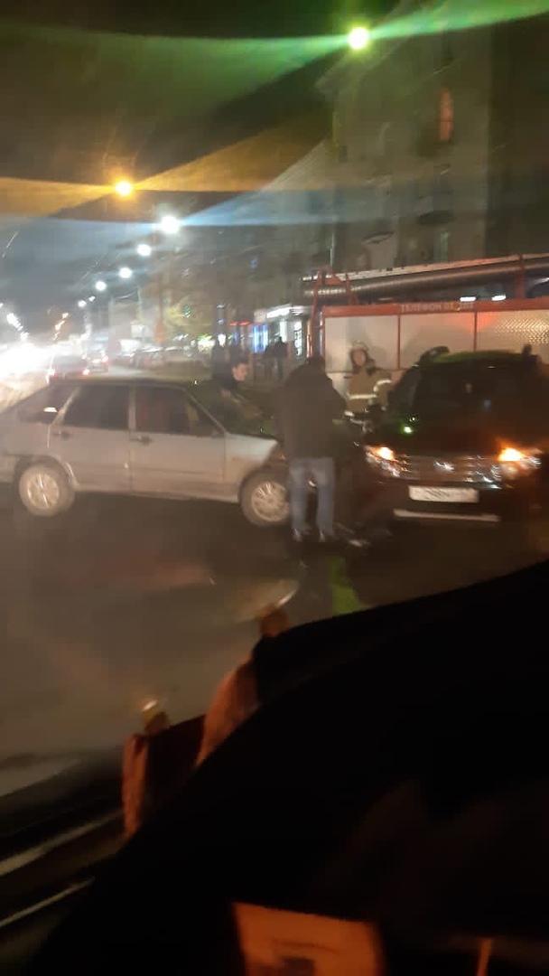 На улице 3 Интернационала в Брянске произошло ДТП
