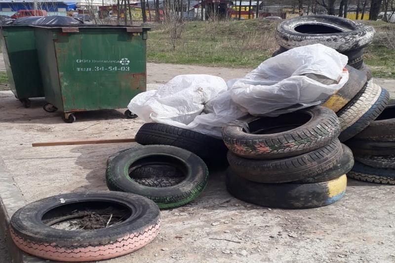 Брянским автомобилистам предложили бесплатно сдать старые автопокрышки