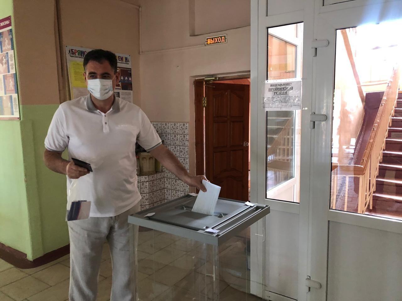 В Брянске в четвертый день явка на голосовании по Конституции не снижается