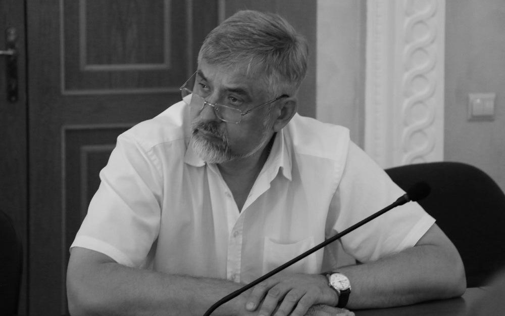 Брянская облдума прекратила полномочия погибшего в ДТП депутата Николая Третьякова