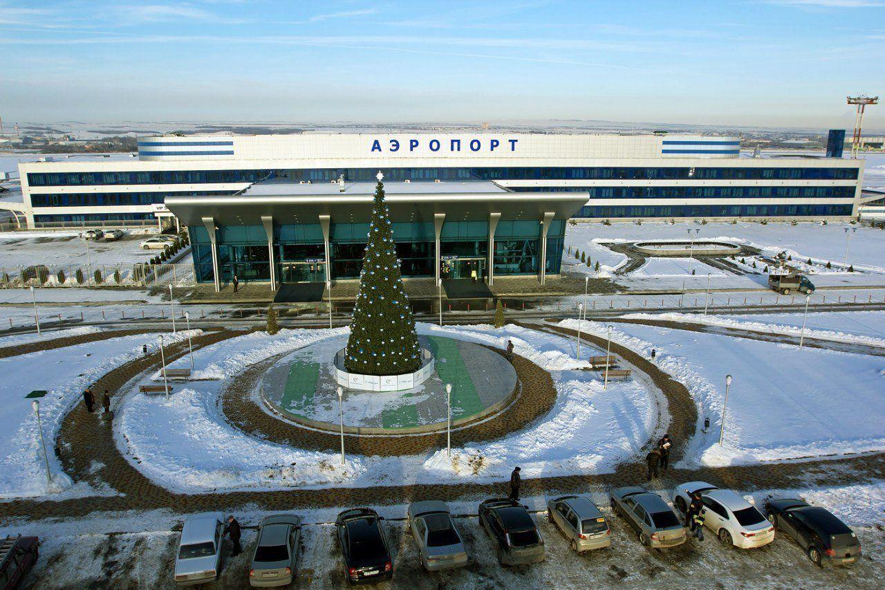 Самолет из Минеральных Вод вылетел в Брянск с 5-часовой задержкой
