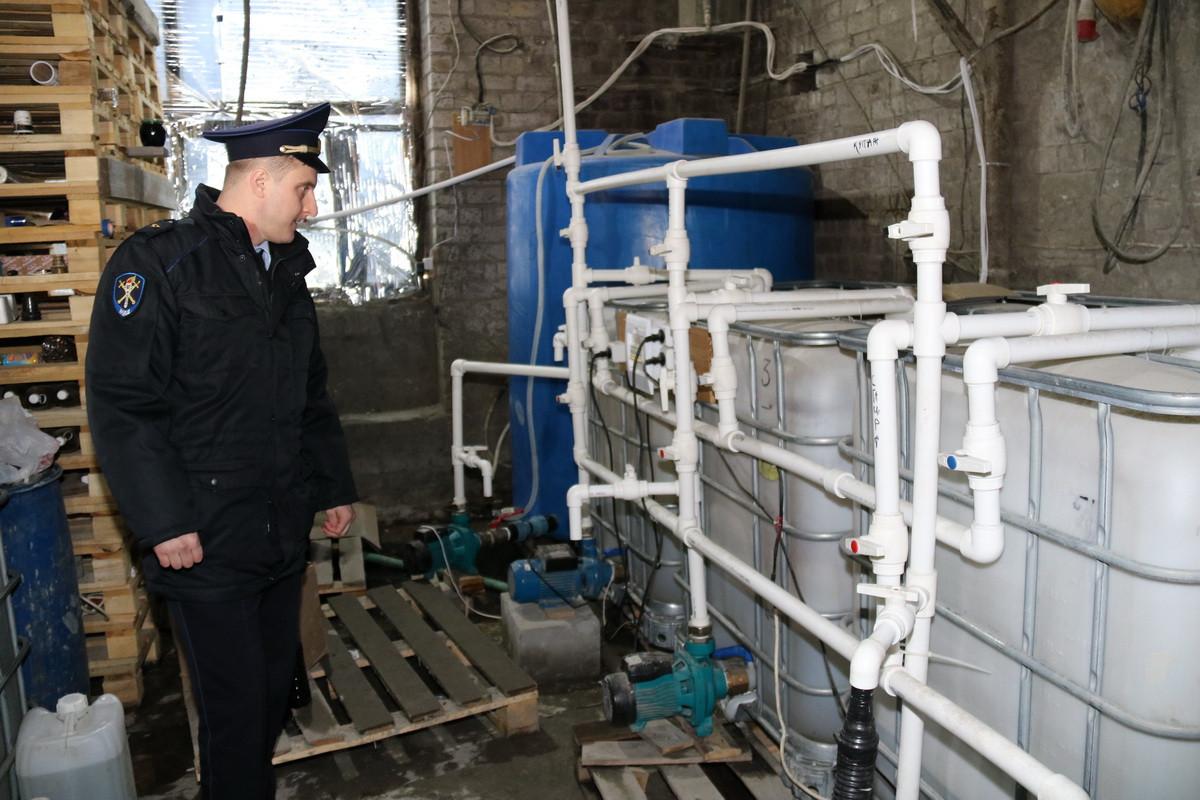 В Выгоничах завершили расследование дела о подпольном алкозаводе