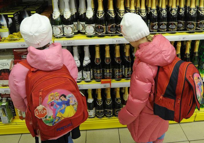 В Злынке школьники имеют свободный доступ к алкоголю