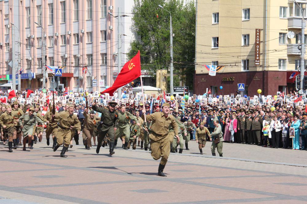 Подготовка к празднованию Дня Победы идет в Брянске полным ходом