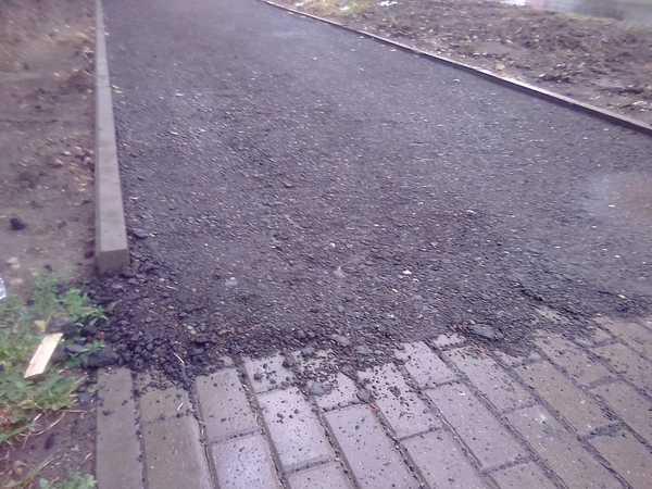 Брянцы шокированы жутким состоянием тротуаров