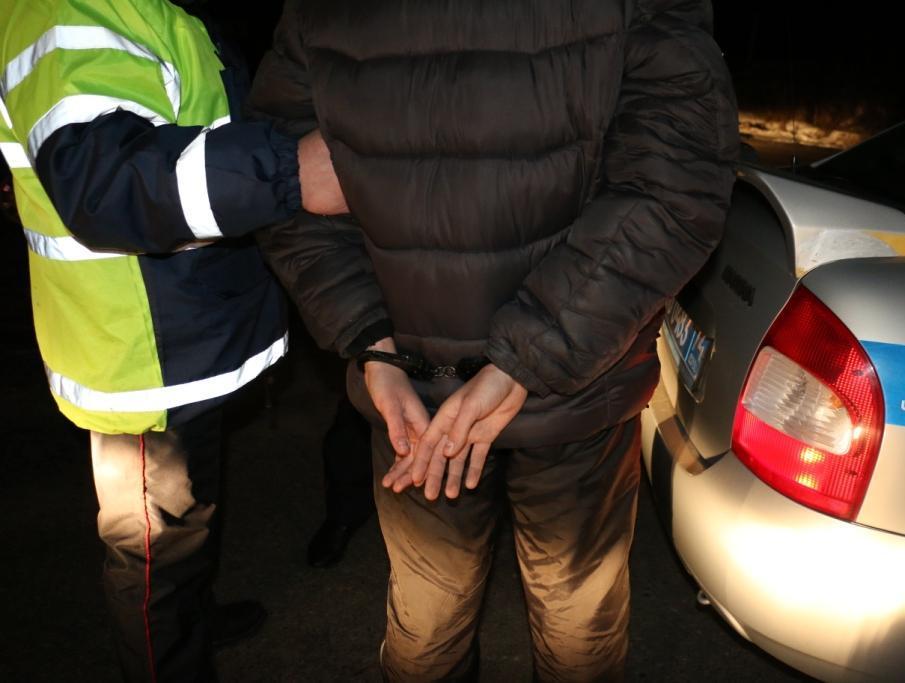 В дачном доме в Брянской области обнаружили более 20 кг взрывчатки и оружие