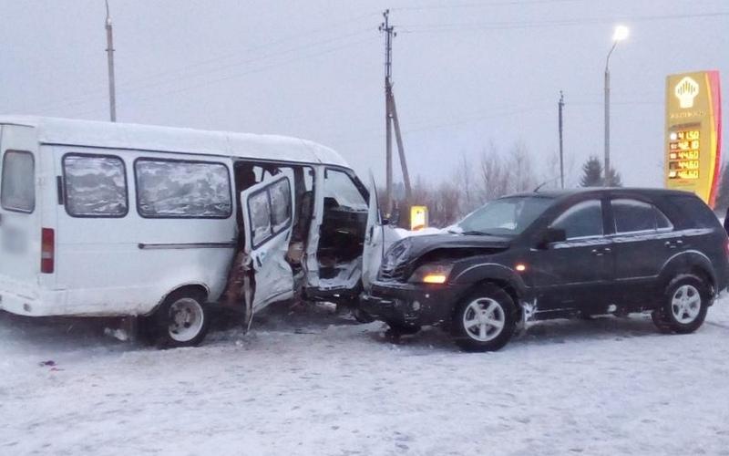 В Суземке произошло серьезное ДТП: пострадала 56-летняя женщина