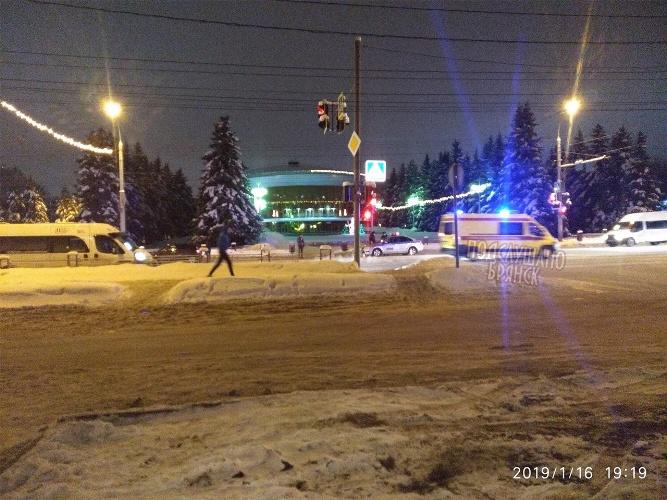 В Брянске на проспекте Ленина сбили пешехода
