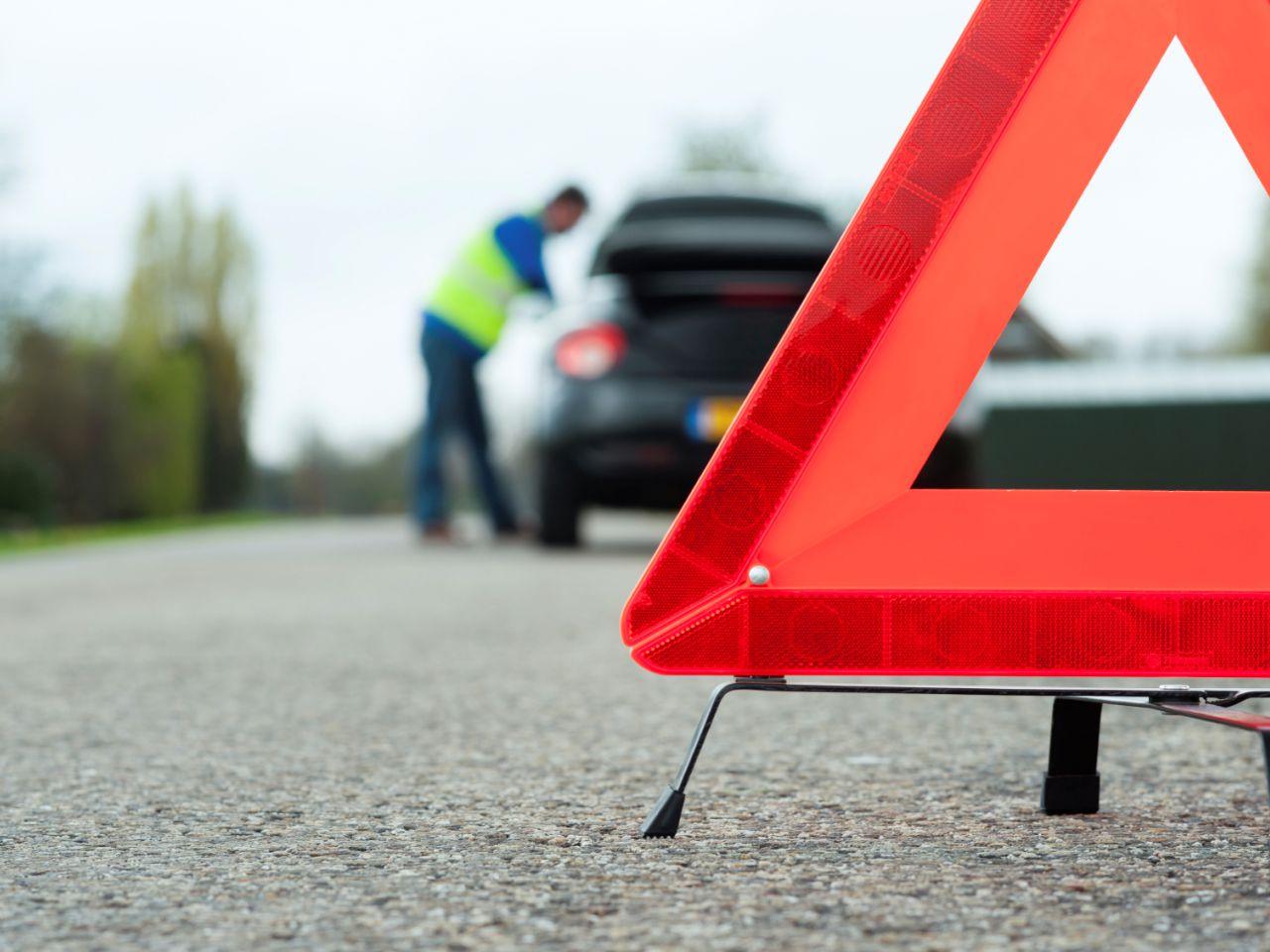 В Погарском районе столкнулись две легковушки: пострадала 25-летняя девушка