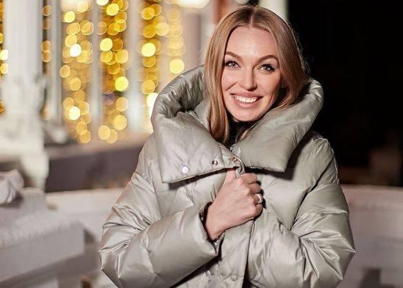 Брянской ведущей удалось выиграть на шоу «Поле чудес» поездку в Санкт-Петербург