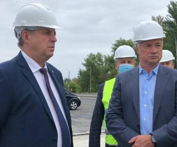 Вице-премьер Марат Хуснуллин посетил стройку Литейного моста в Брянске