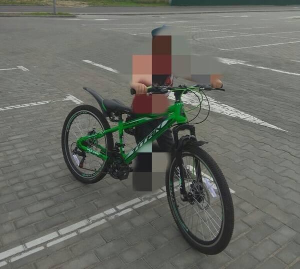 В Клинцах неизвестный украл у ребенка велосипед