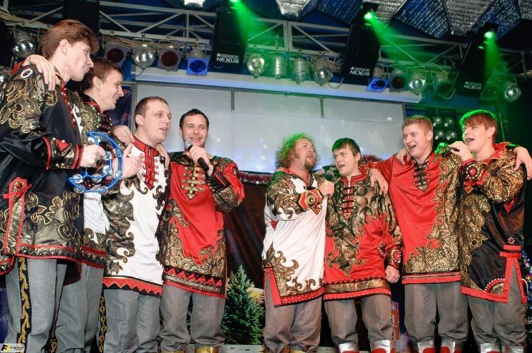 В Жуковке «Бабкины внуки» поздравили женщин с 8 Марта