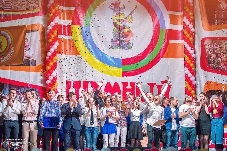 В Брянске пройдет фестиваль студенческого творчества «Шумный балаган+»