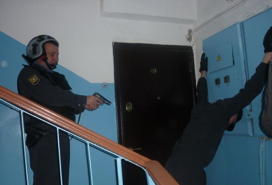В Брянской области три лжебанкира нажили 600 млн рублей на теневом бизнесе