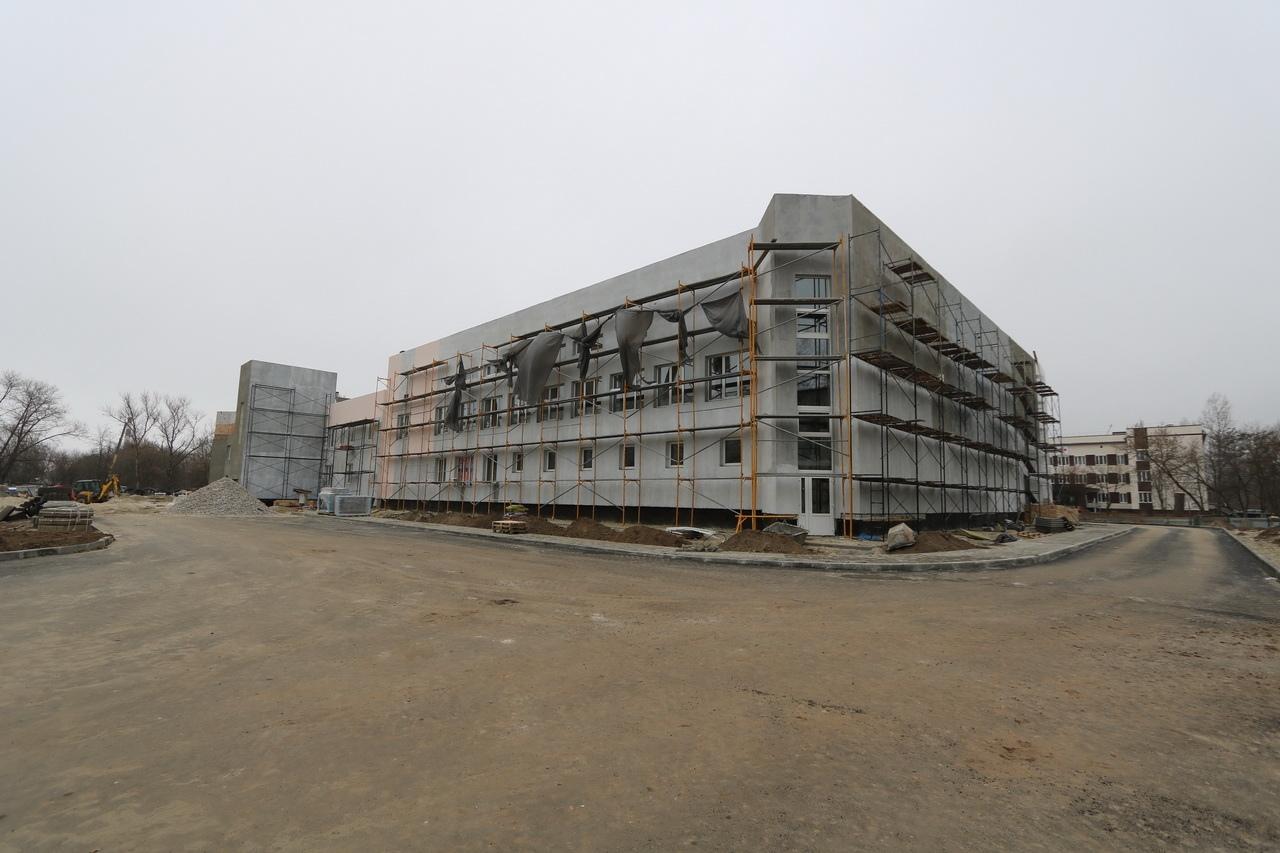 В Бежицком районе Брянска заработает бассейн в середине лета 2021 года