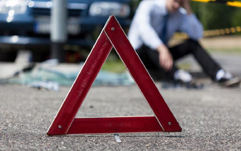 В Мглинском районе водитель ВАЗа покалечил 38-летнего мужчину