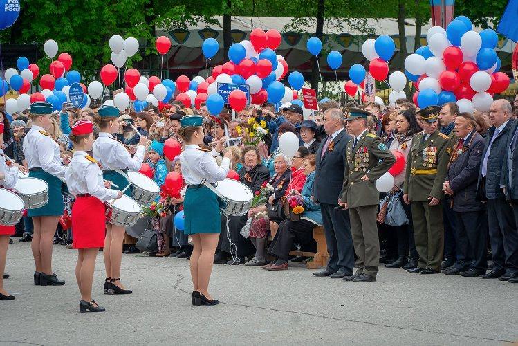 В Бежице День Победы отметили четыре тысячи горожан