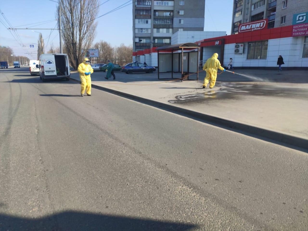 В Брянске продезинфицировали все остановки общественного транспорта