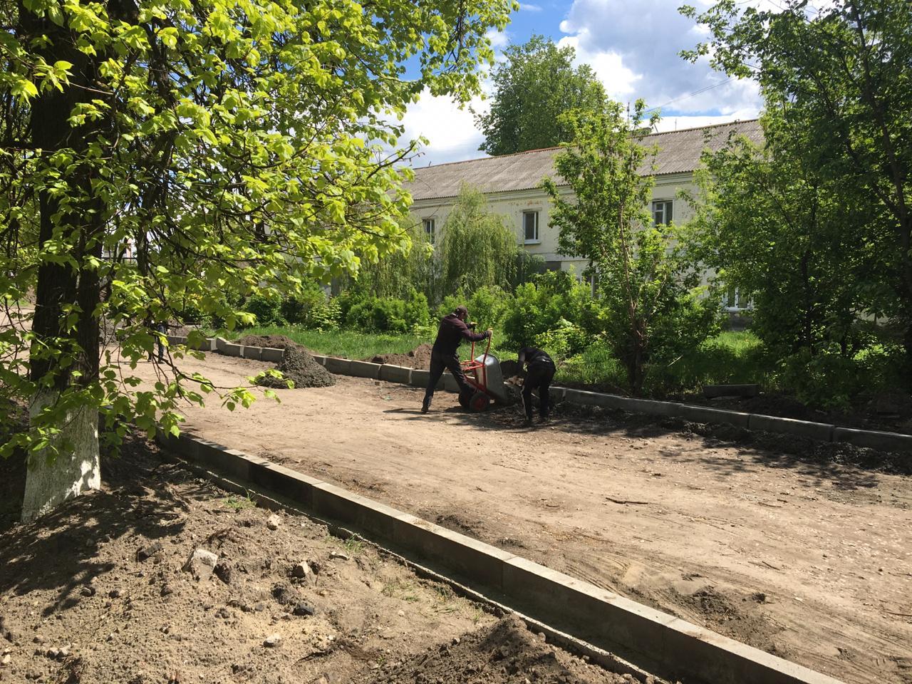 На улице Калинина в Брянске отремонтируют проезды и теплотрассу
