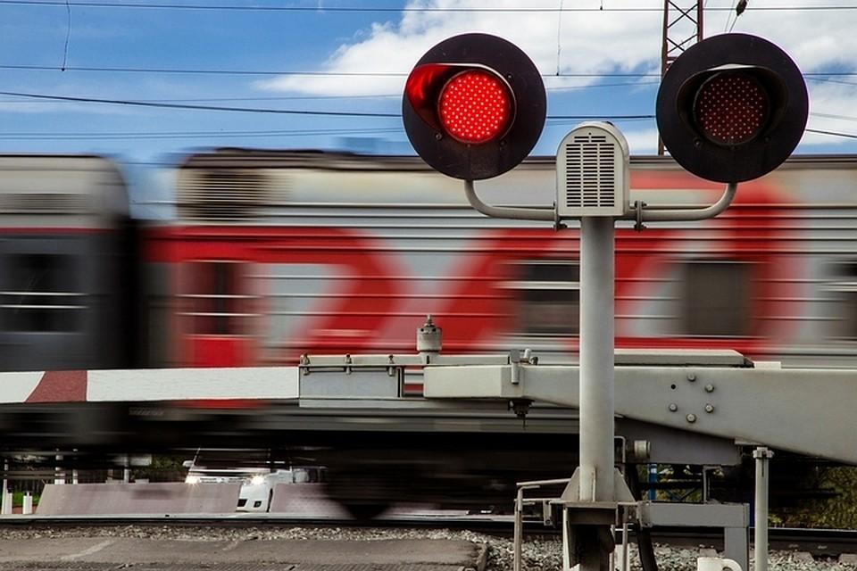 В Брянске ограничат движение на железнодорожном переезде