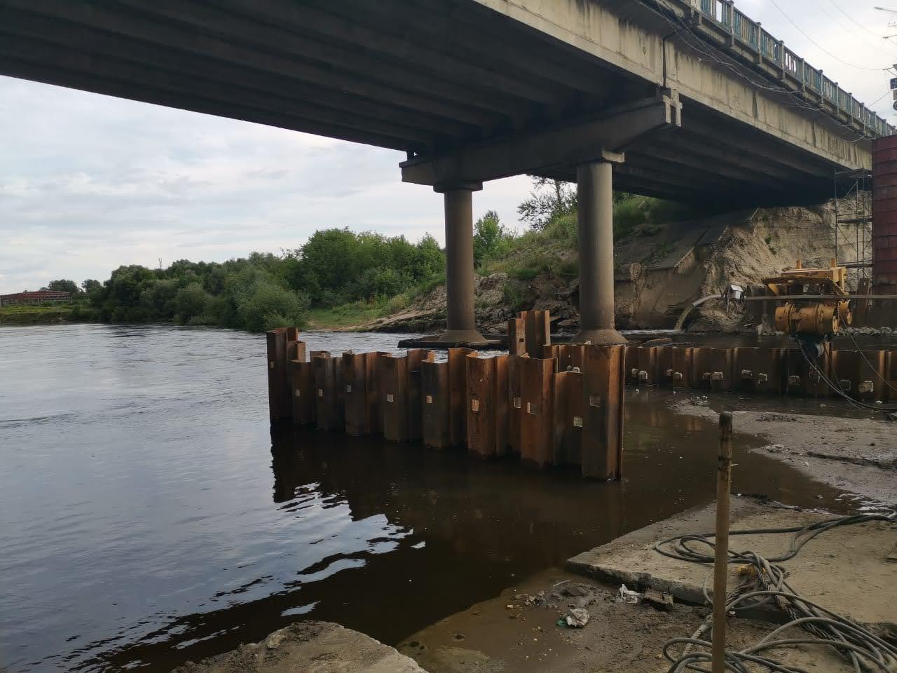 Для строительства Литейного моста в Брянске привезли все 99 балок