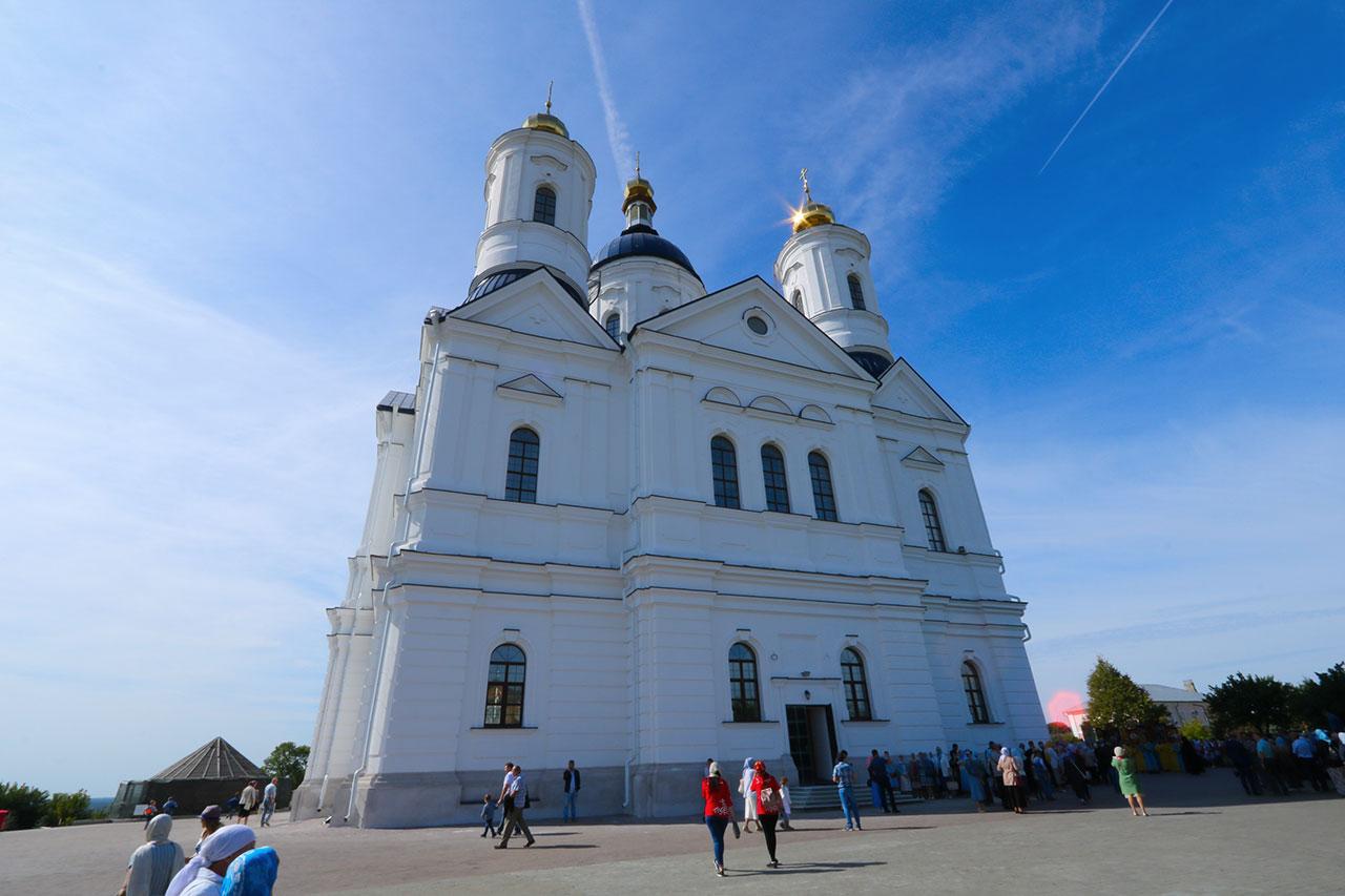 В Брянске пустят дополнительный транспорт к Свенскому монастырю