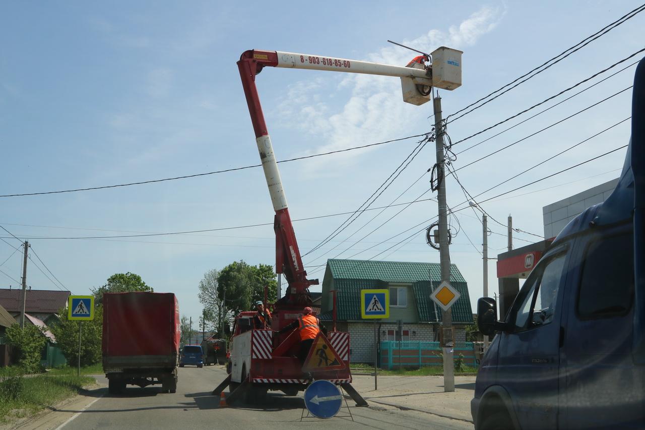 На улице Красный Маяк в Брянске зажгутся светодиодные фонари