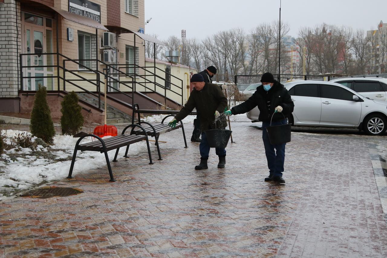 В Брянске управляющие компании за плохую уборку снега получили 211 предписаний