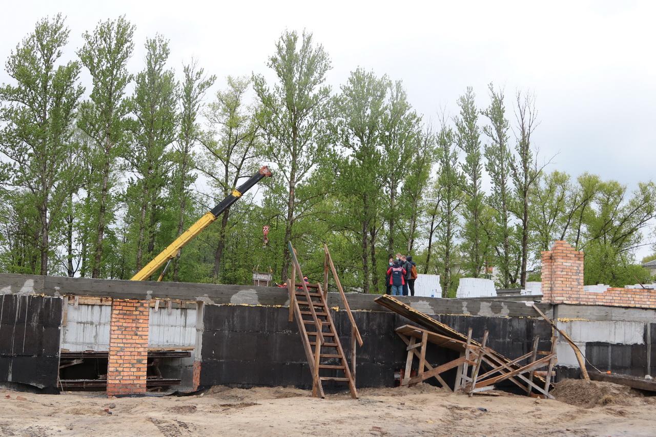 В Брянске идет активное строительство спортивно-оздоровительного комплекса с бассейном