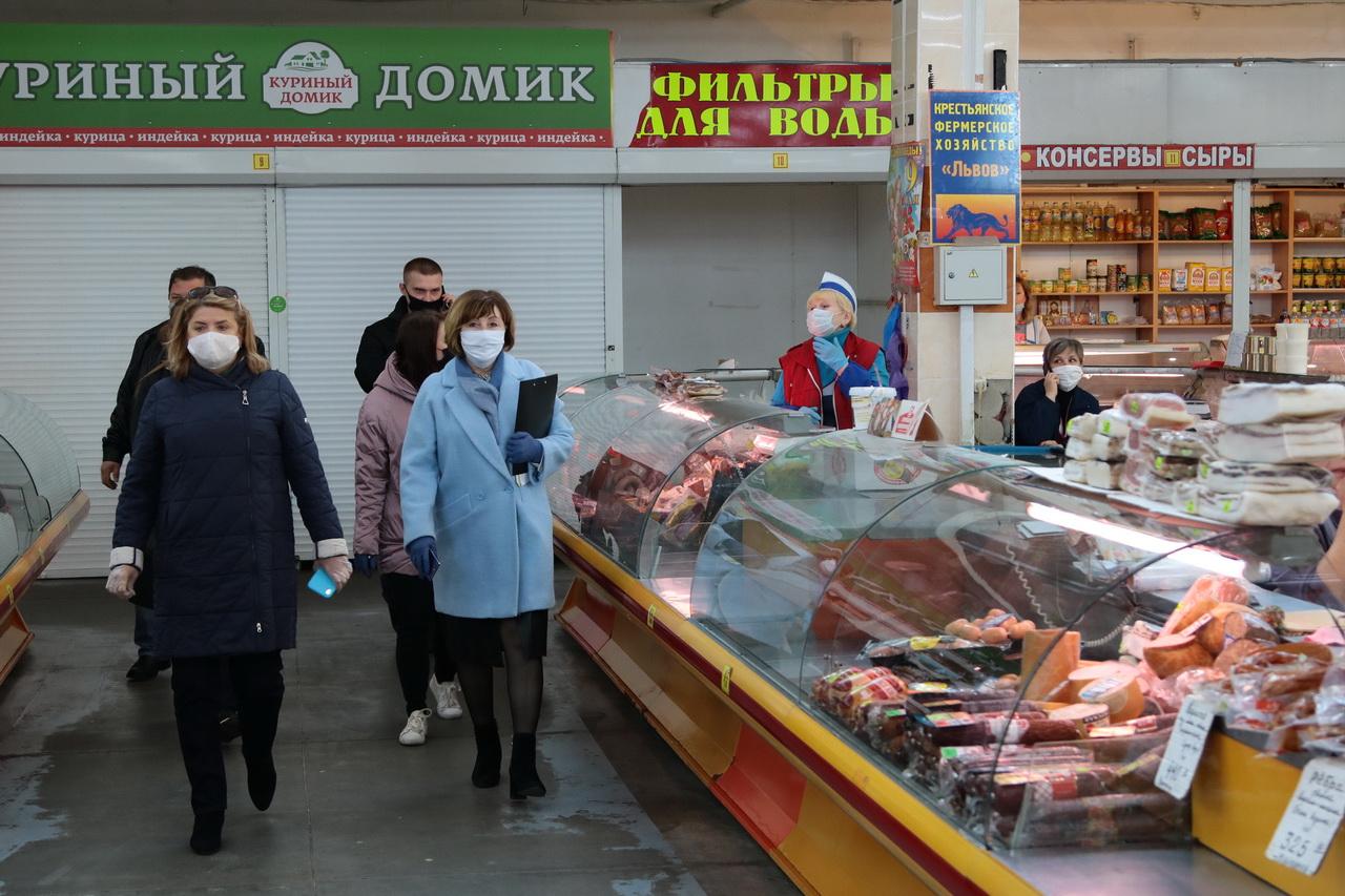 В Брянске административные протоколы составили на 10 торговцев