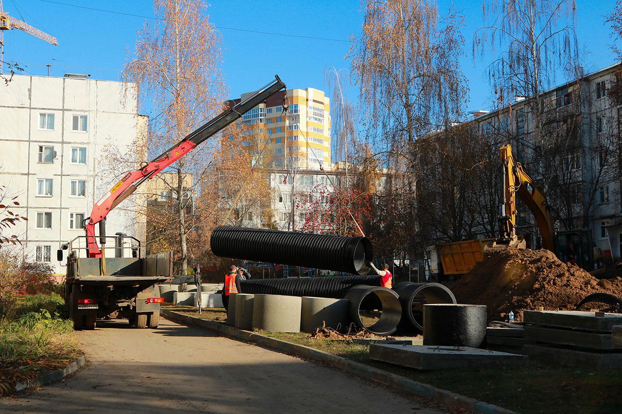 В Брянске завершается строительство ливневки по переулку Пилотов