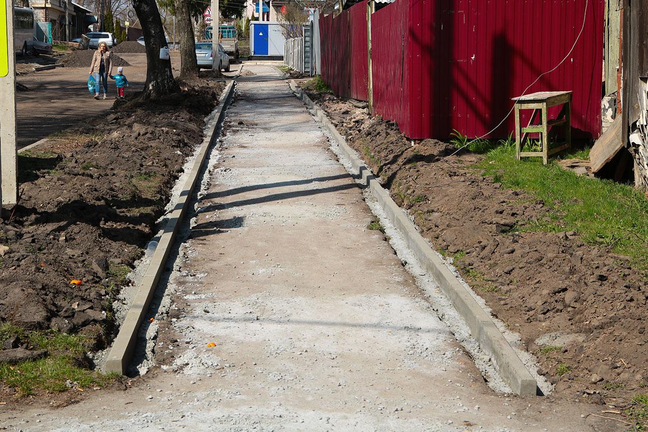 На улице Пионерской в Брянске появятся новые тротуары