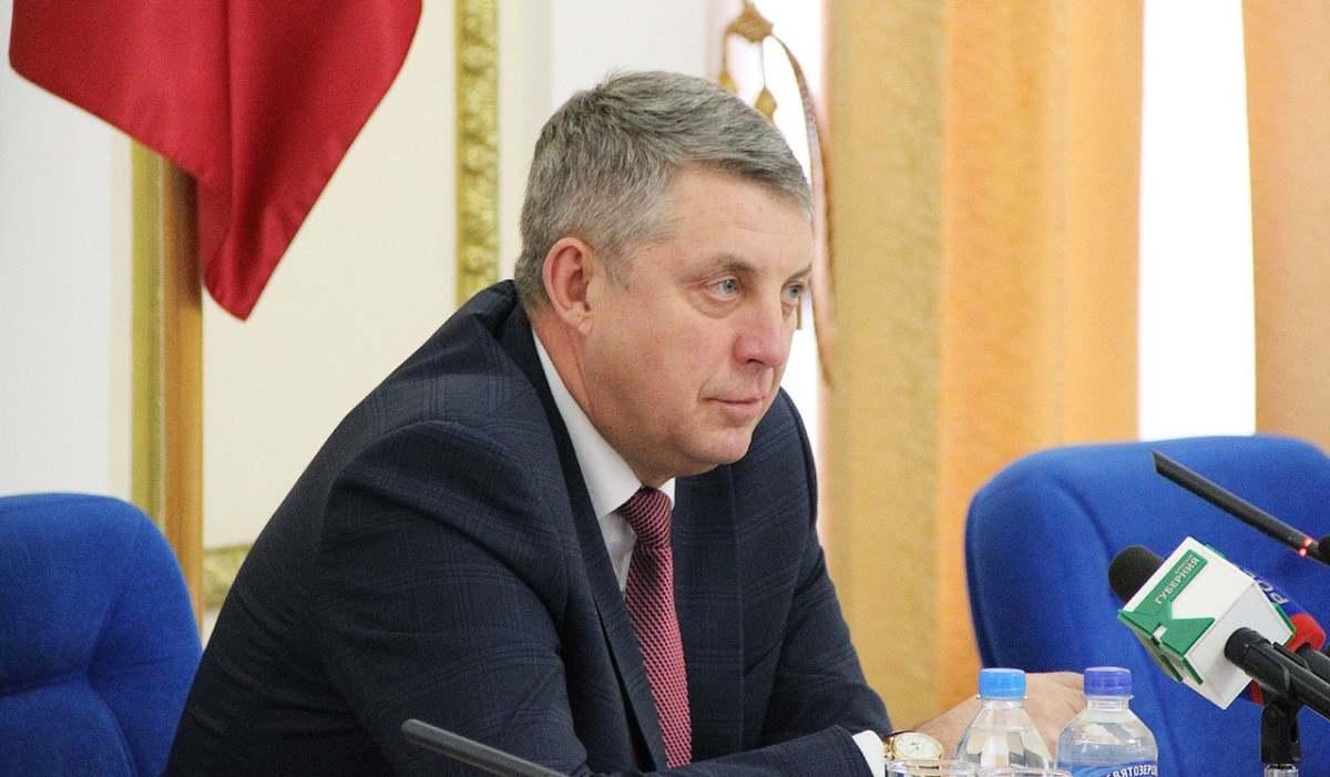 Брянский губернатор Александр Богомаз в свой День рождения поздравил мужчин с 23 Февраля