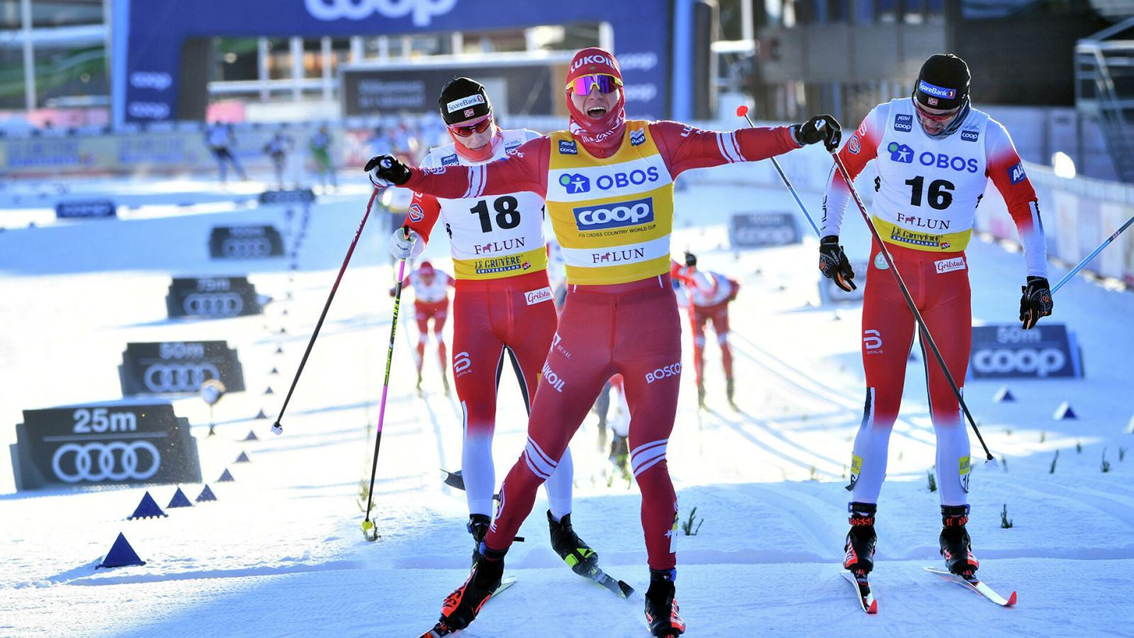 Брянский лыжник Большунов выиграл индивидуальную гонку на этапе Кубка мира в Фалуне после скандала