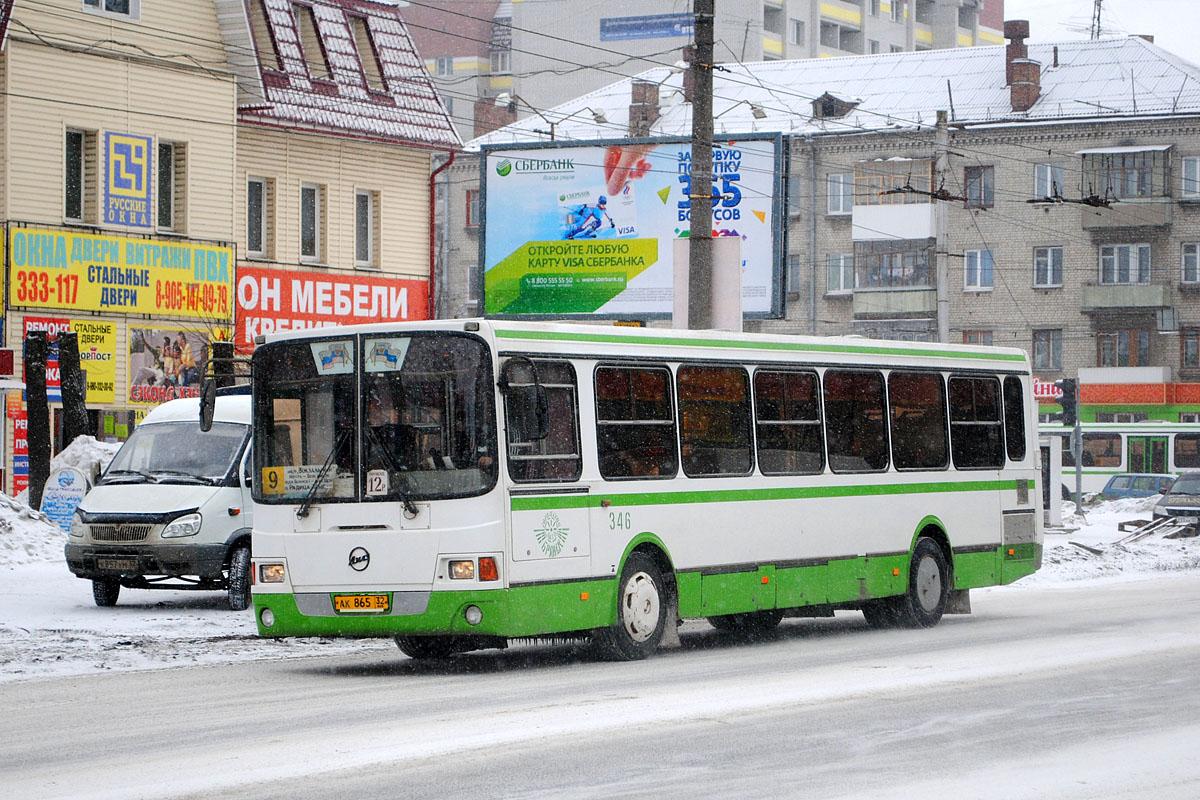В Брянске за три года количество автобусов увеличилось в 2,5 раза