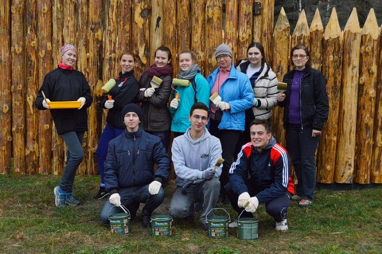Волонтеры провели продуктивные выходные в брянском заповеднике