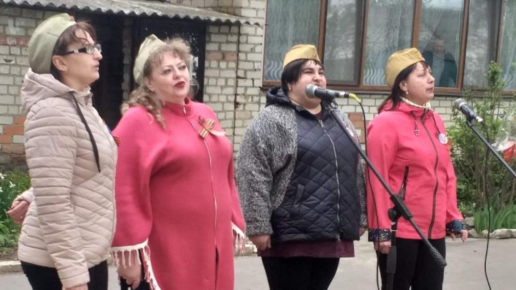 В День России в брянских дворах пройдут мини-концерты