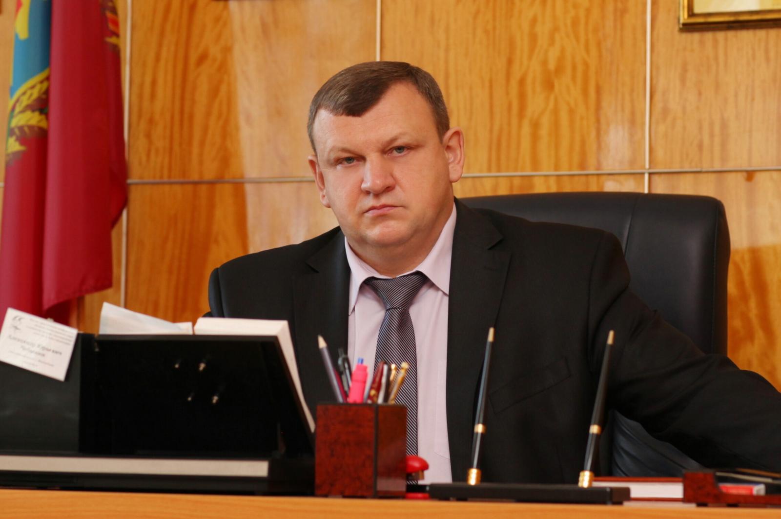 В Новозыбкове бывший мэр Чебыкин отказался от мандата депутата