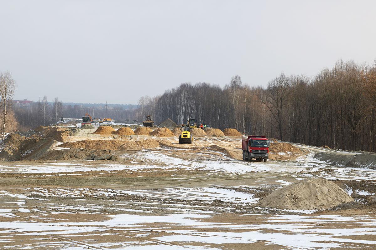 Для новой дороги-дамбы от «Metro» до вокзала Брянск-I завезли более 1 млн кубометров грунта