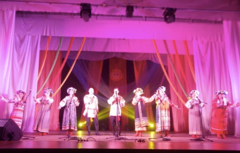 Брянский ансамбль «Дебряночка» отметил 30-летний юбилей