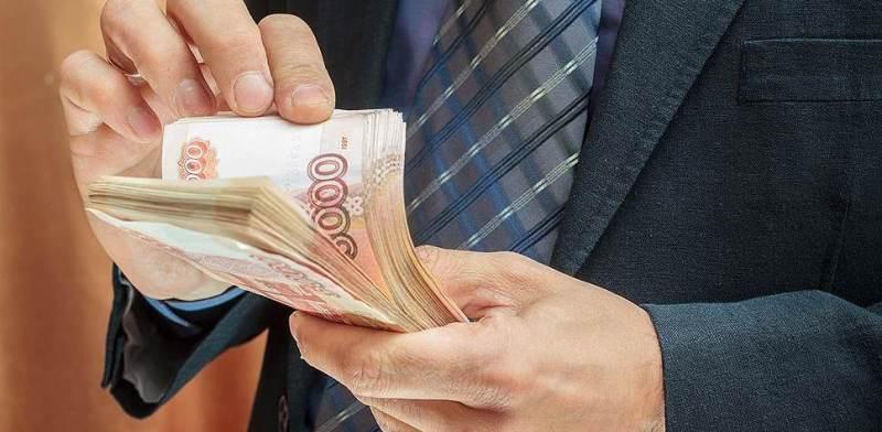 В Погарском районе оставили без зарплат 31 рабочего