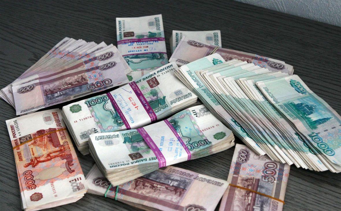 За хищение 373 тысяч рублей арестовали сотрудницу Брянской колонии